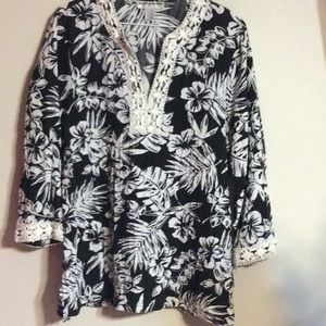 Cathy Daniels Scenic Floral Black & White Blouse